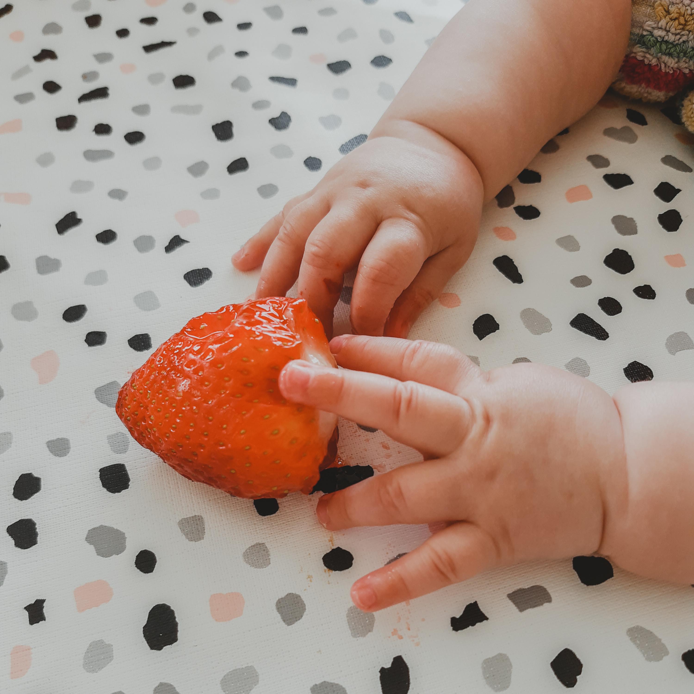 Ons Louise eet – baby week 27